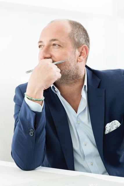 nick yeoman jeweller joyero shankla by pavés
